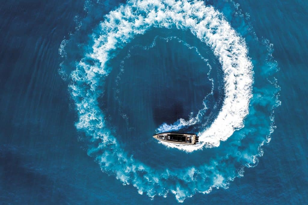 Technohull Omega 45 prava je morska zvijer s 'predumišljajem'
