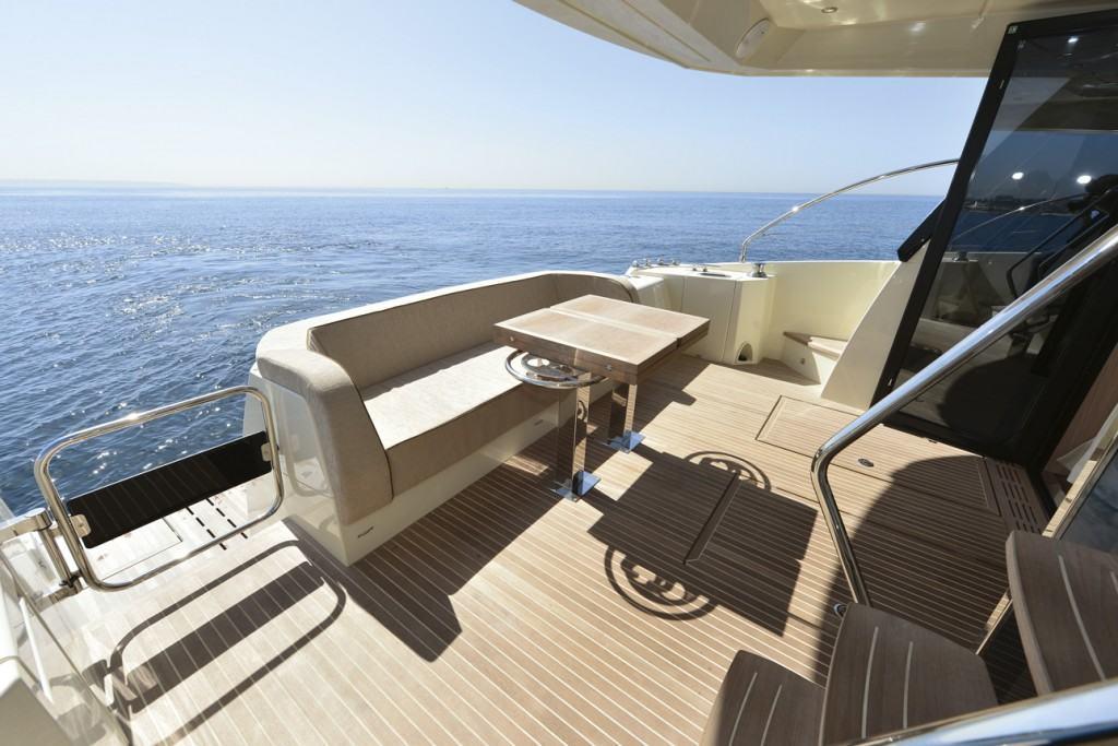 Beneteau yacht Large Aft Cockpit
