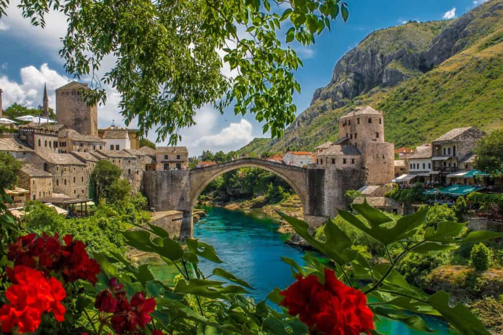 Ovo je fotografija Starog Mosta u Mostaru