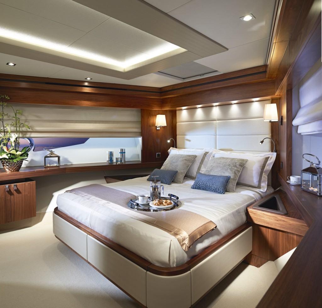Sunseeker Yacht 86 vlasnička kabina