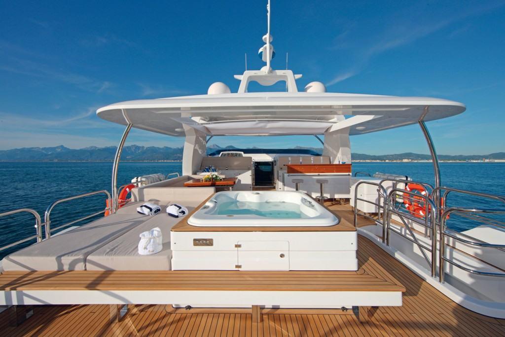 Fleet Miami članovima kluba nudi uživanje i na jahtama kao što su Feadship 147 i Delta 154