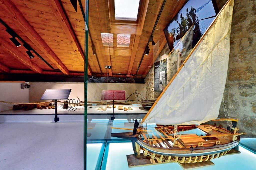 Ovo je fotografija Muzej betinske drvene brodogradnje