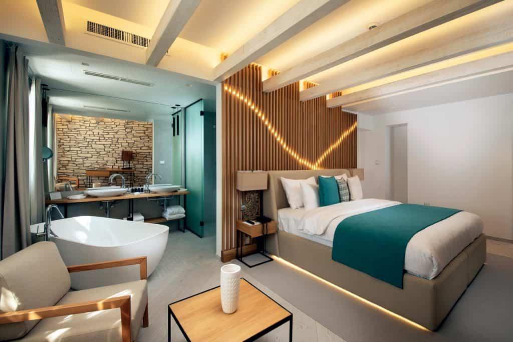 Lazure Hotel Marina