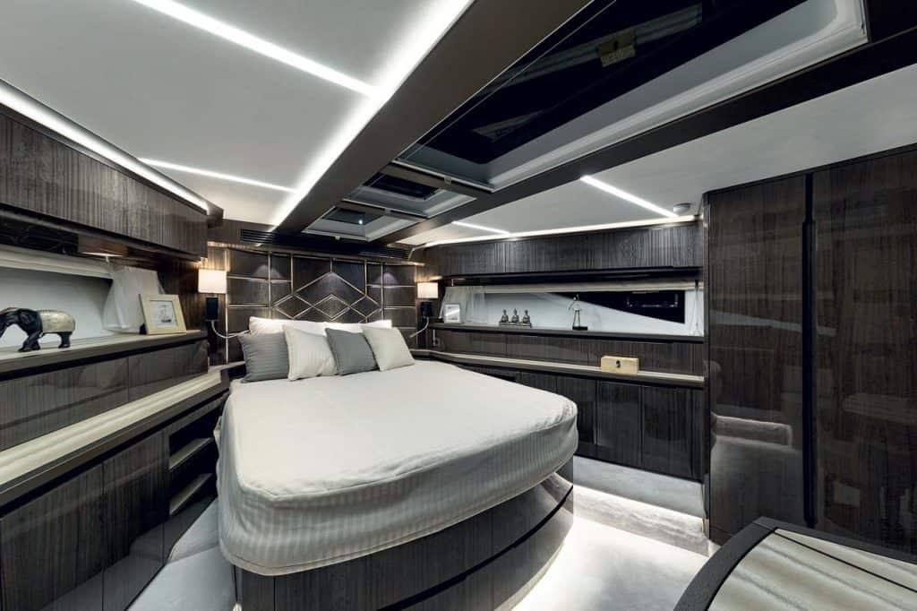 Ovo je fotografija Galeon 650 kabina