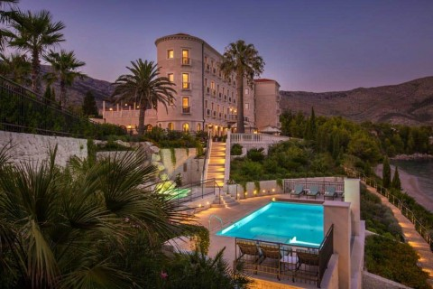 Ovo je fotografija Villa Katarina pogled s bazena