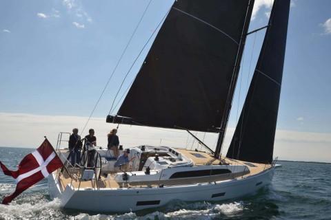 X Yachts 00