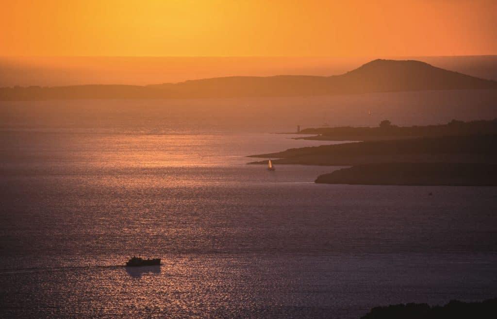 ovo je fotografija sjeverni jadran zalazak sunca