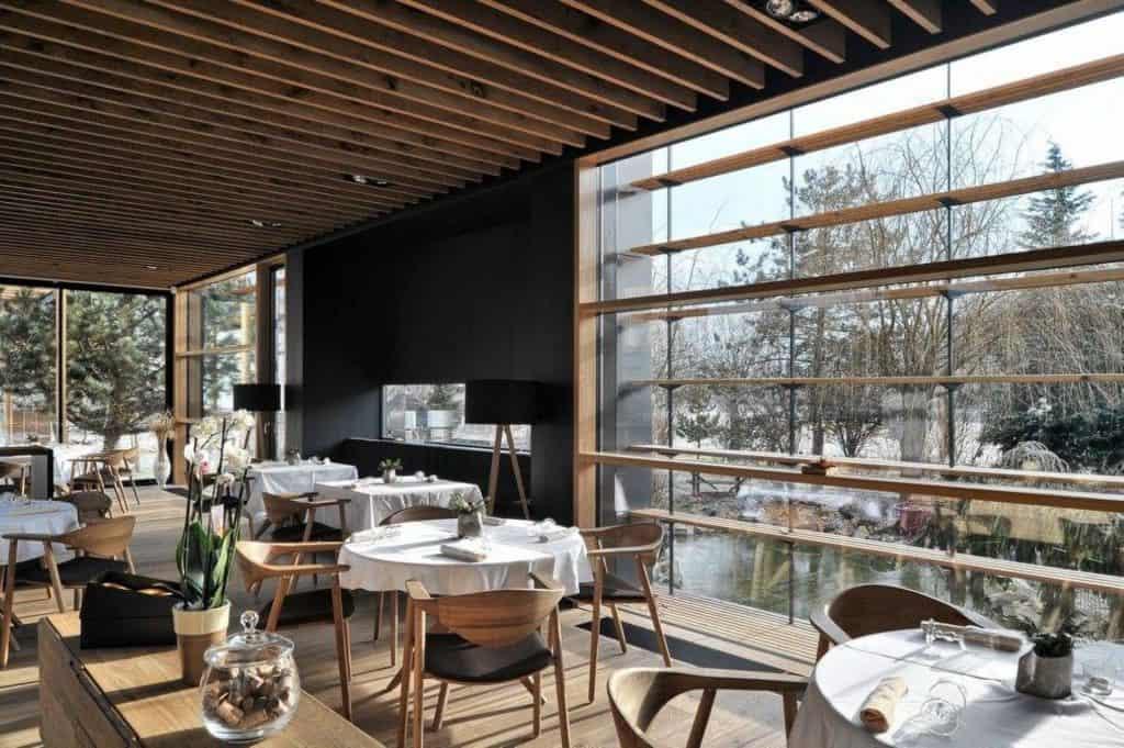 Hisa Denk Restaurant 01