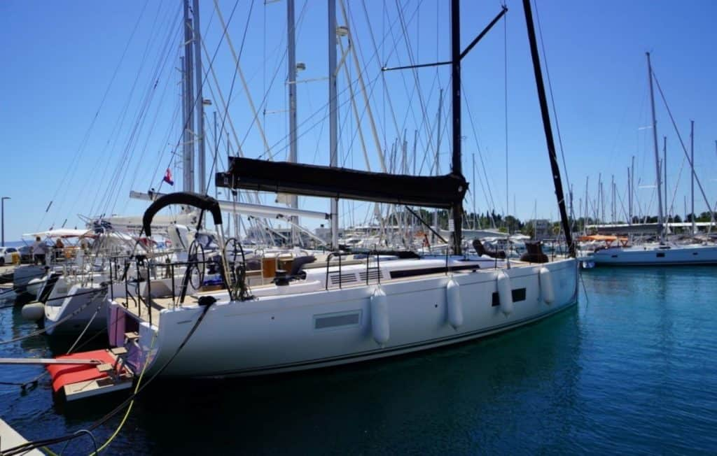 Beneteau First 53 Anchor 01
