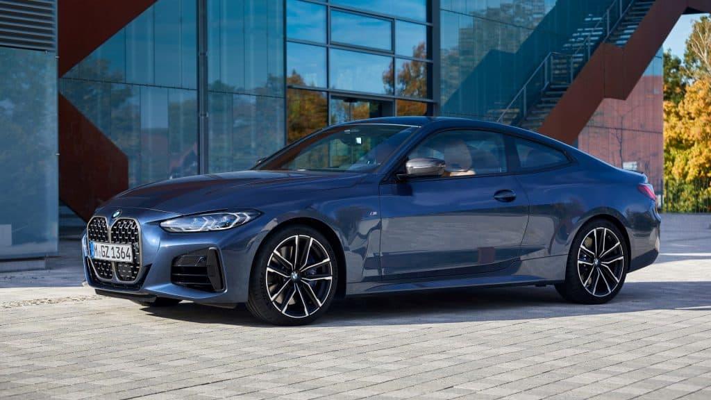 BMW Serije 4 Coupé Pogled Sprijeda 01
