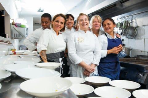 Ovo je fotografija žene u gastronomiji