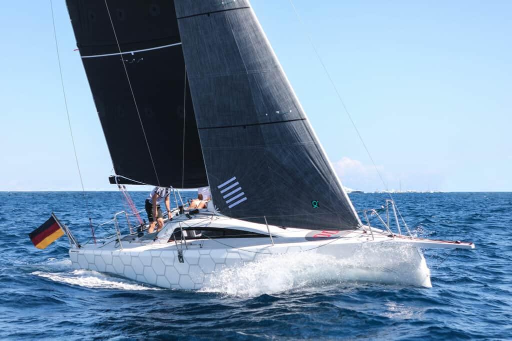 Ovo je fotografija Dehler 30 OD zastupnika Croatia Yachting