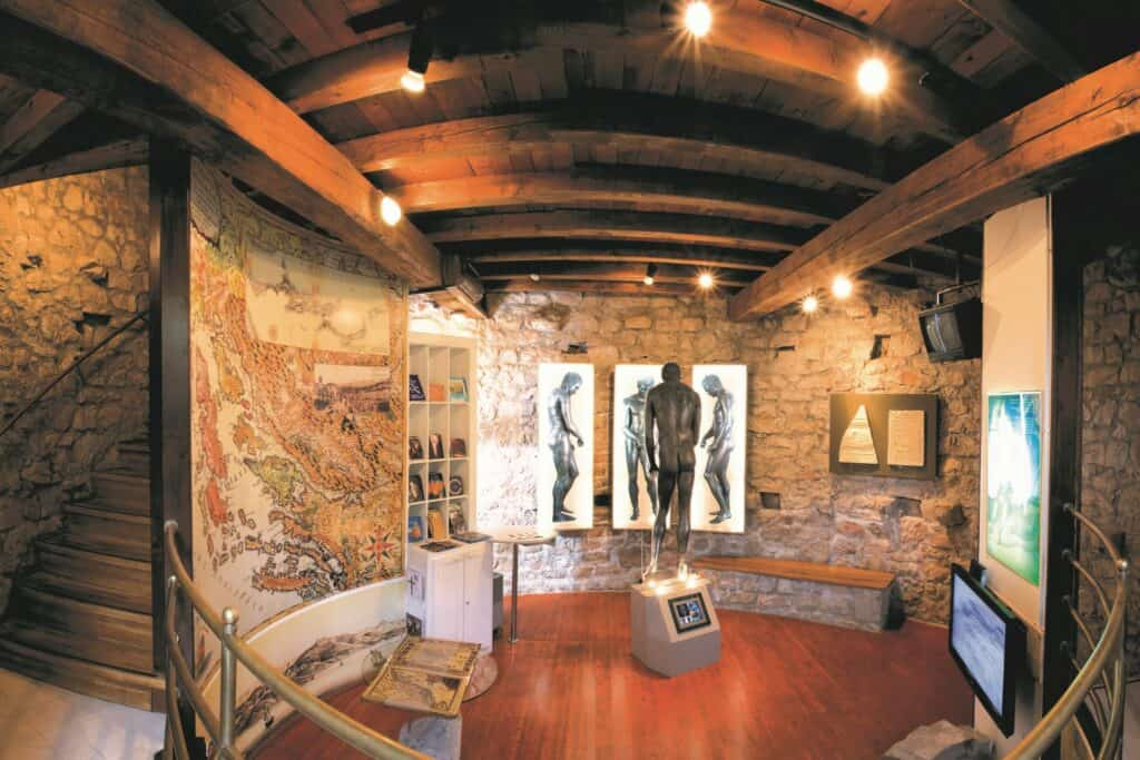 Ovo je fotografija Muzej Apoksiomena Lošinj