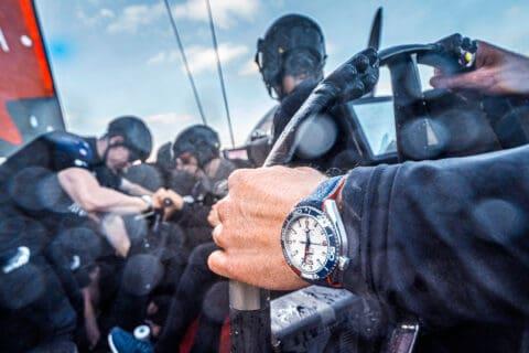 Ovo je fotografija sata Omega za Americas Cup nautički satovi