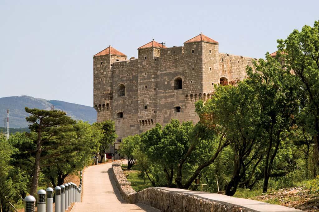 Ovo je fotografija tvrđava Nehaj u Senju