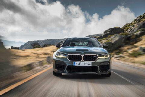 Ovo je fotografija BMW M5 CS