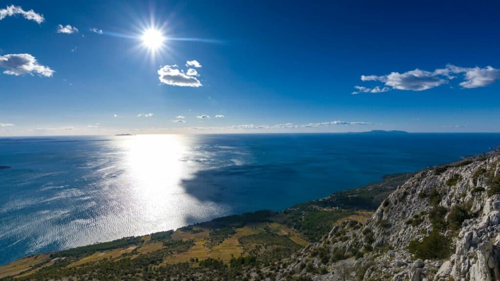 Ovo je fotografija otok hvar južna strana