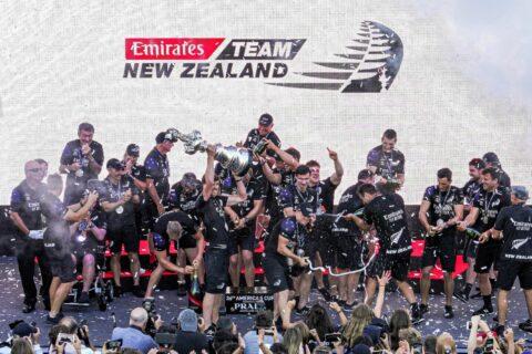 Ovo je fotografija Novi Zeland 36. America's Cup