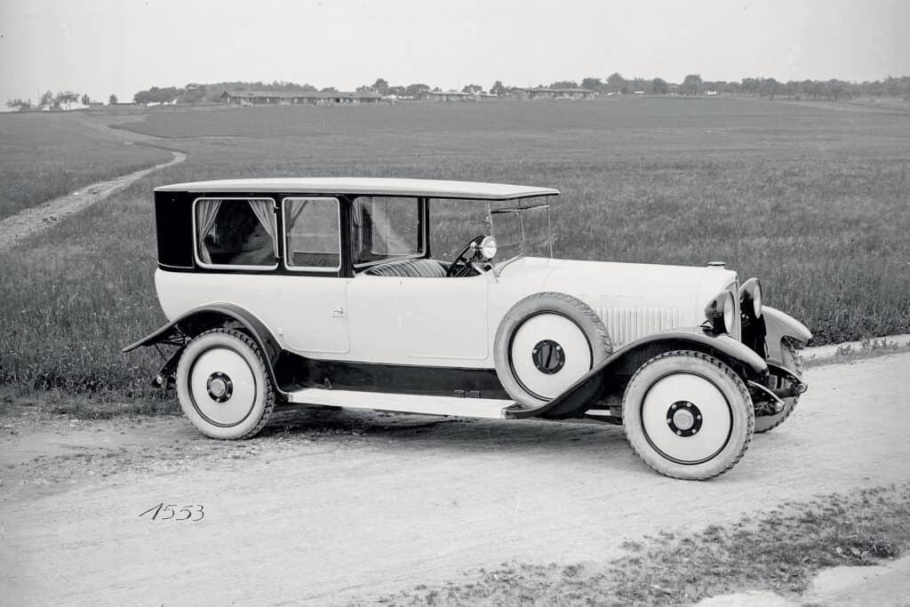 Ovo je fotografija Maybach automobila