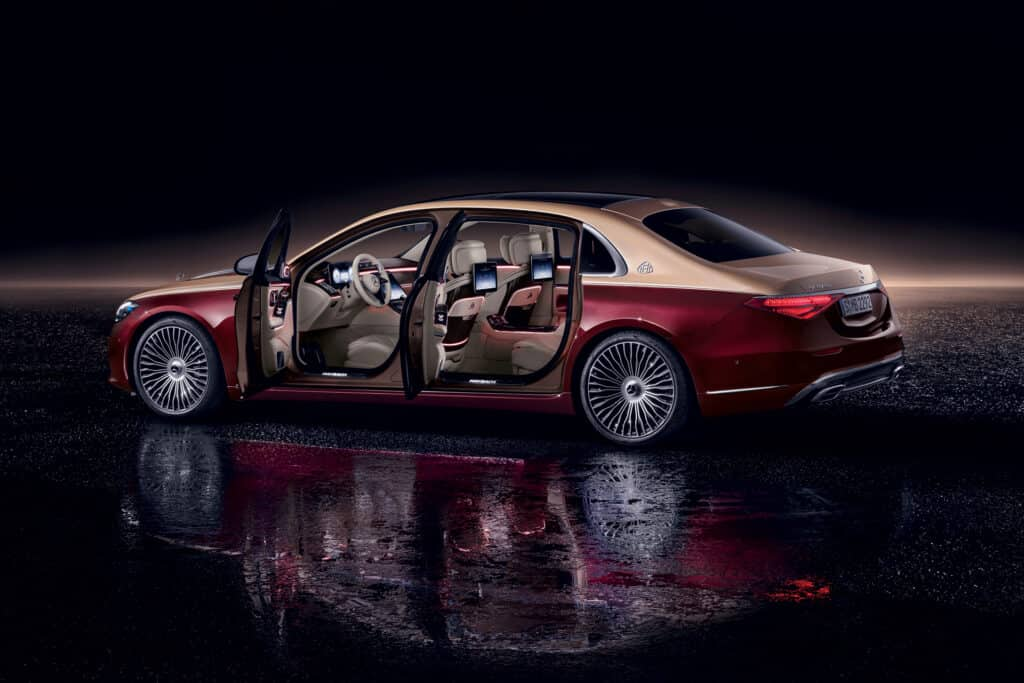 Ovo je fotografija Mercedes-Maybach S-klasa