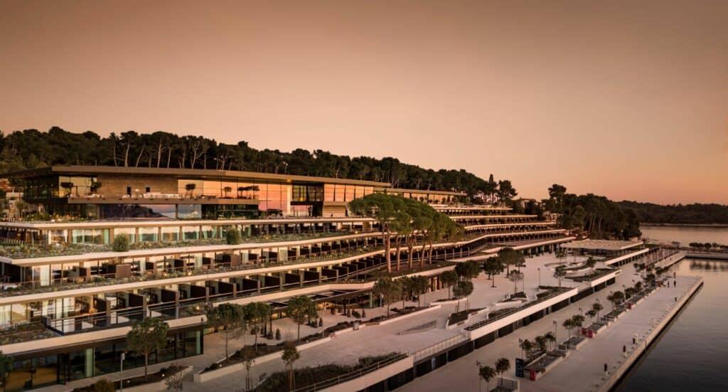 Ovo je fotografija grand park hotel rovinj