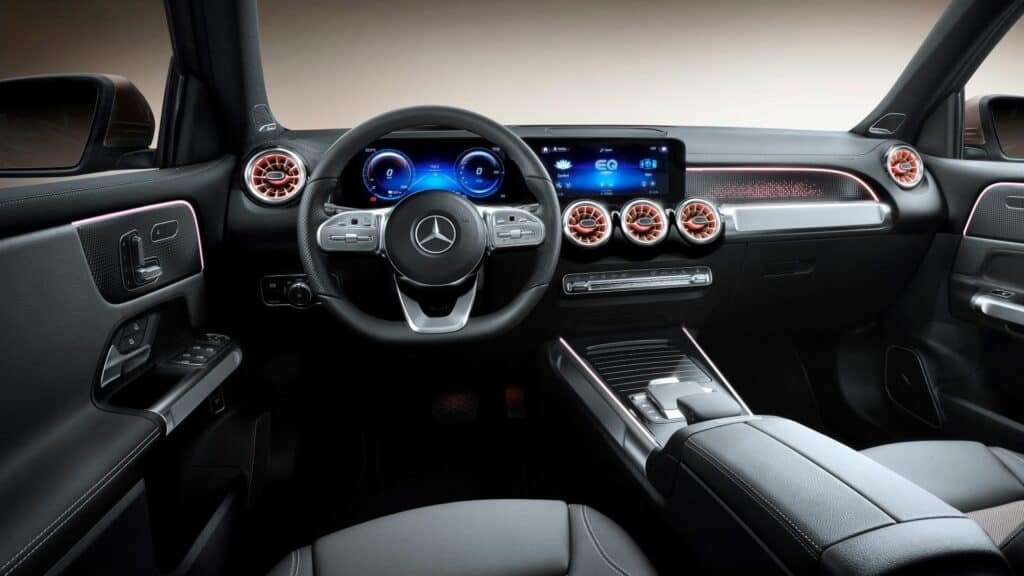 Ovo je fotografija Mercedes EQB unutrašnjost