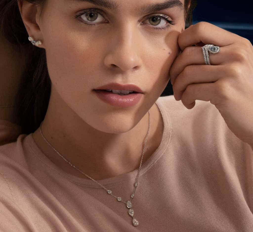 Ovo je fotografija Chaumet nakita