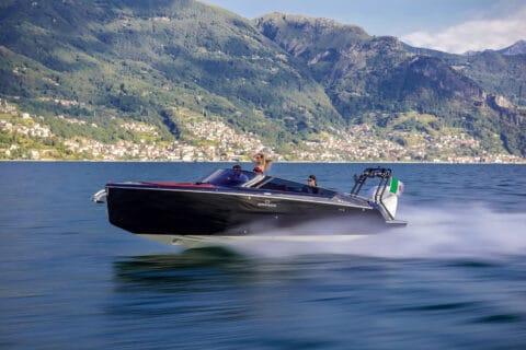 Ovo je fotografija Cranchi E26 Rider bowrider