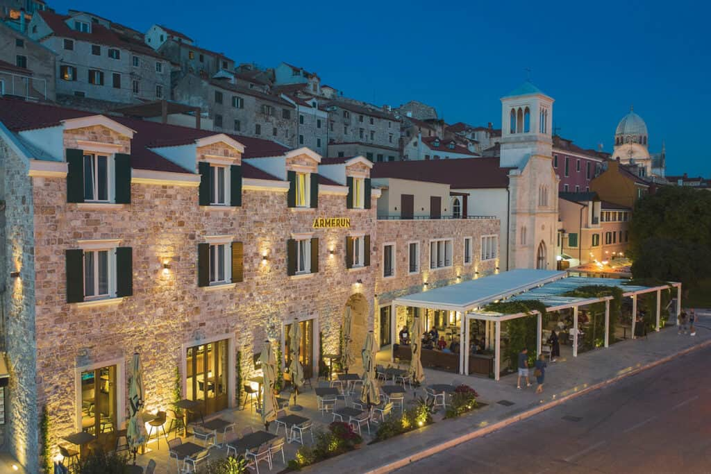 Ovo je fotografija hotel Armerun lokacija