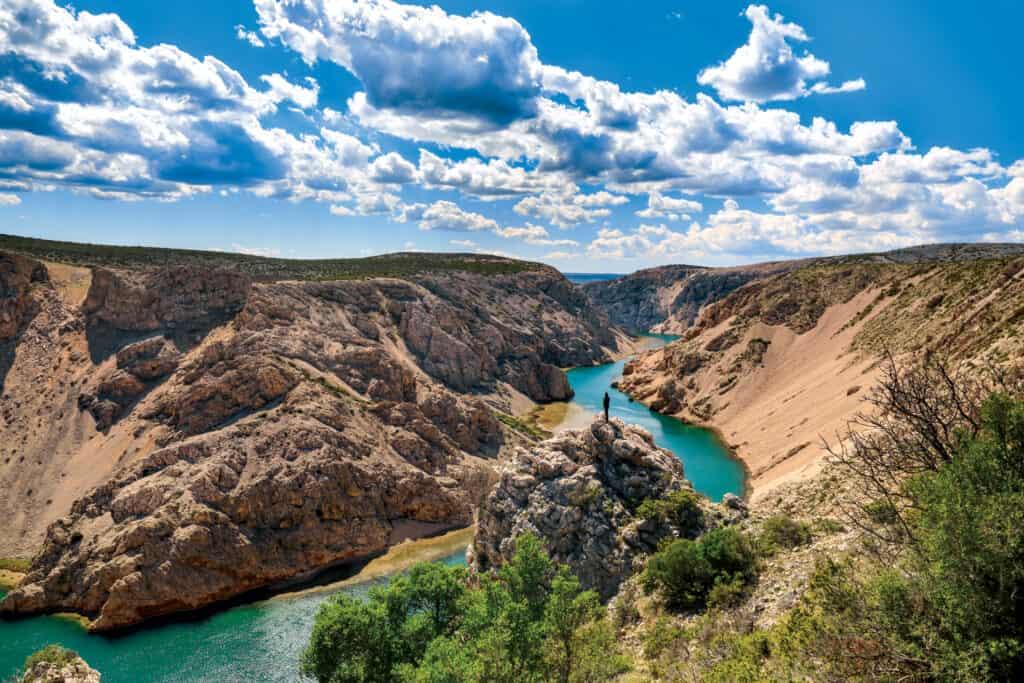 Ovo je fotografija rijeke Zrmanje