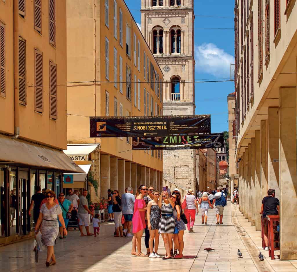 Ovo je fotografija Kalelarge grad Zadar