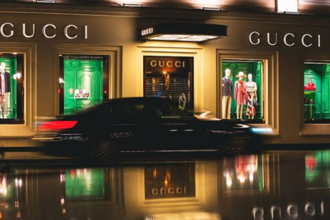 Ovo je fotografija salona Gucci