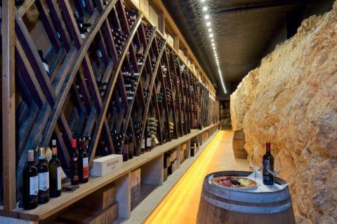 Ovo je fotografija vinskog podruma Lux Casino Hotel Mulino