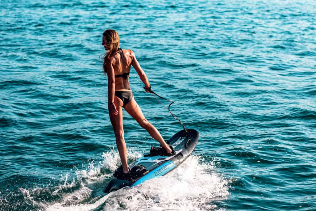 This is photo of a electric surfboard Jetsurf