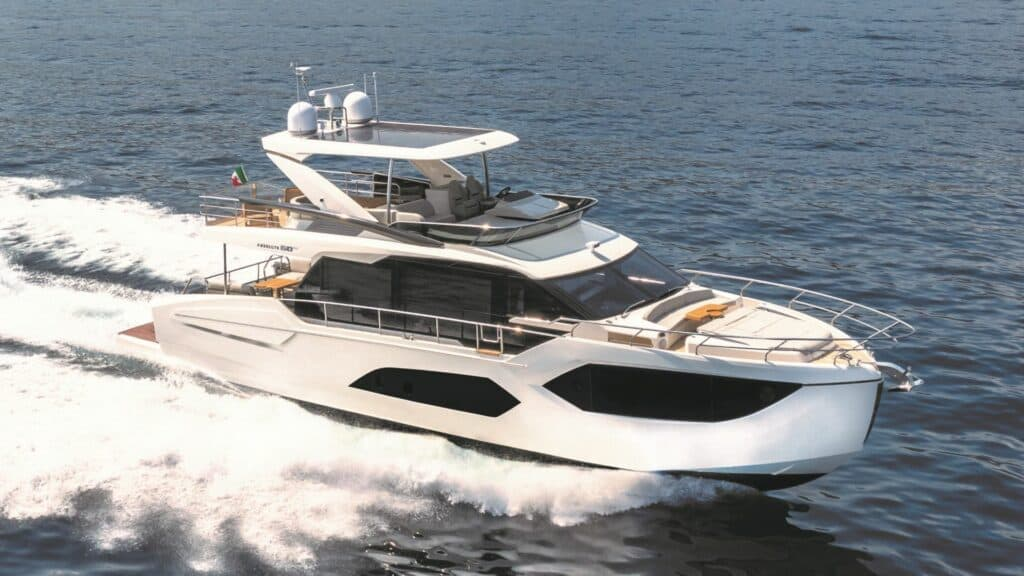 This is a photography of Absolute 60 Fly yacht