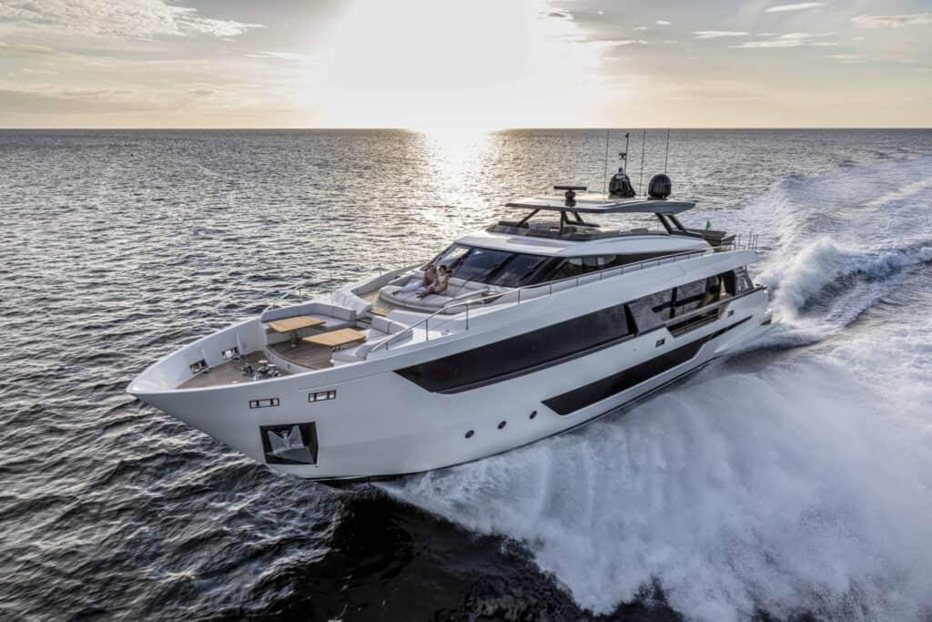 Ovo je fotografija Ferretti Yachts 1000