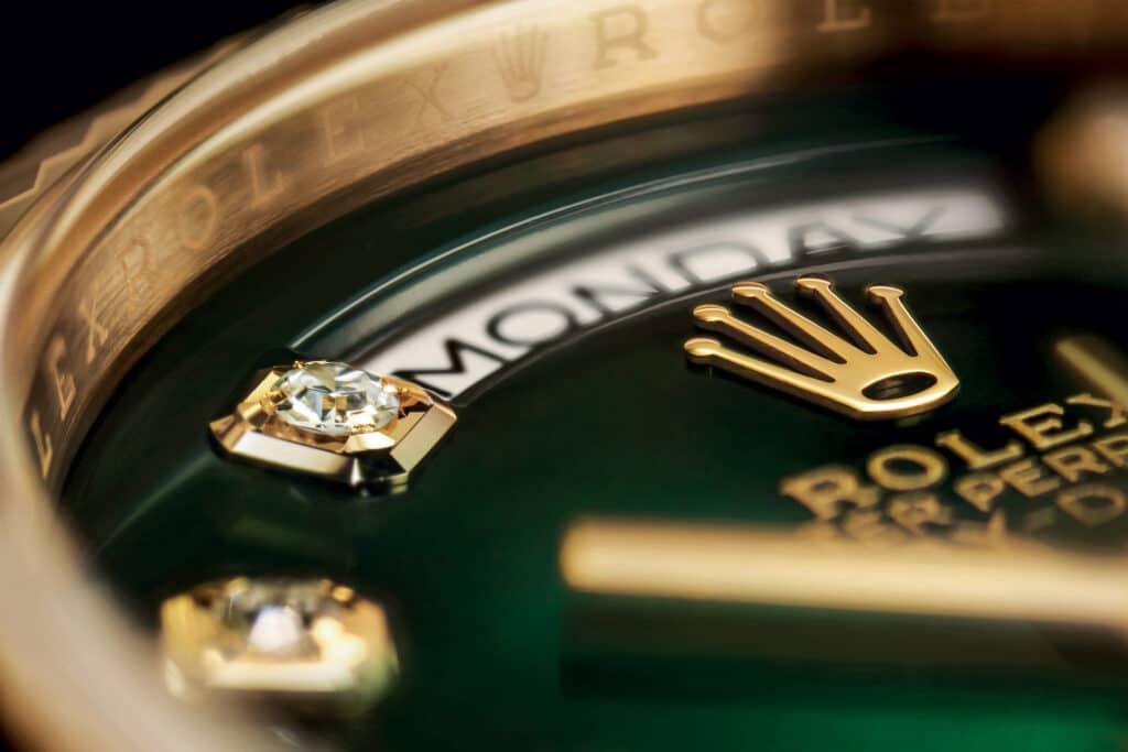 Ovo je fotografija Rolex Oyster Perpetual Day-Date brojčanika