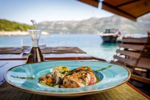 Ovo je fotografija fine dining restoran bowa