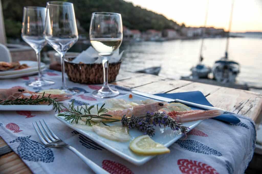 Ovo je fotografija najbolji nautički restorani augusta insula
