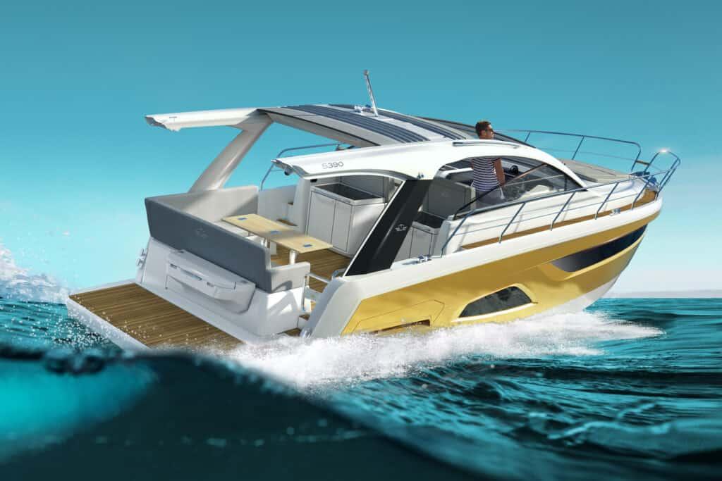 Ovo je fotografija novog Sealine modela S390