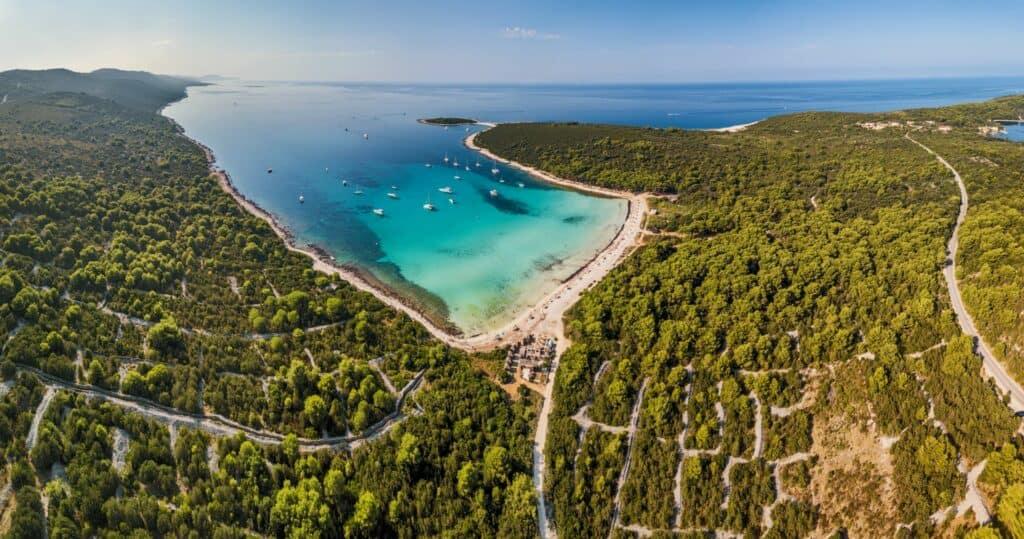 Ovo je fotografija plaža Sakarun Dugi otok